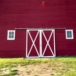 5 Ways You Can Use Sliding Barn Doors in Your Home